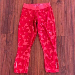 Nike dri-fit crop leggings
